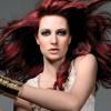 Бордовый цвет волос: королевская идея для «холодных» леди