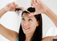 Челка на бок на длинные волосы: Модная идея преображения