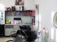 Какое оборудование необходимо для парикмахера?